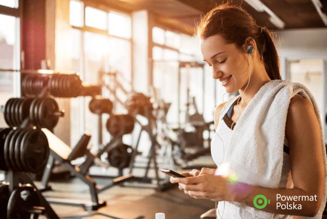 Technologia dla zdrowia i kondycji – jak nowoczesne rozwiązania pomagają nam na sali fitness