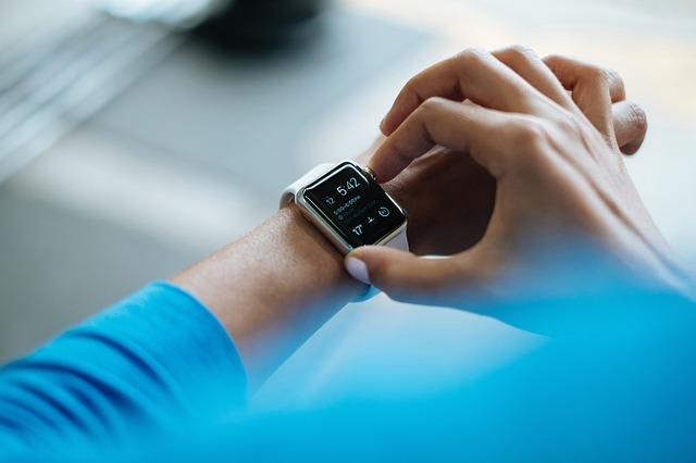Wytrzymały zegarek dla miłośników sportów ekstremalnych
